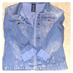 3 for $25  Bundle! NWT Jean jacket size small